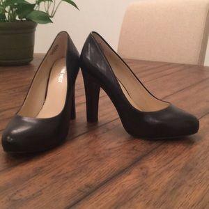 Nine West Soboldo heels